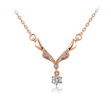 Halsband med Austrian Crystals och i 18 K Guldplätering