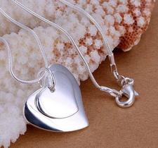 """Halsband """"Two Heart"""" med 925 Silverplätering"""