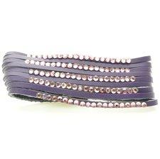 Brett lila läderarmband med små matchande lila stenar