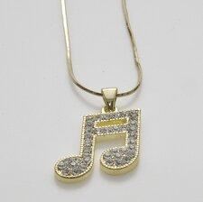 Halsband med vackra gnistrande stenar i pläterat guld