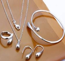 """Smyckeset  1 """"Droppe"""" i 925 Sterling Silverplätering -Halsband, Armband, Ring och Örhängen"""