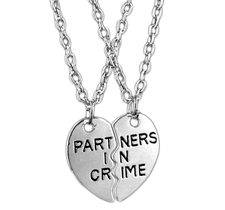 "Dubbelt Halsband ""Partners in Crime"" i 925 Sterling Silverplätering"