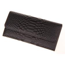 Handväska i äkta läder med Krokodilmönster -Svart